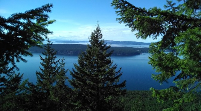 Hiking Turtleback Mountain Preserve-Orcas Island